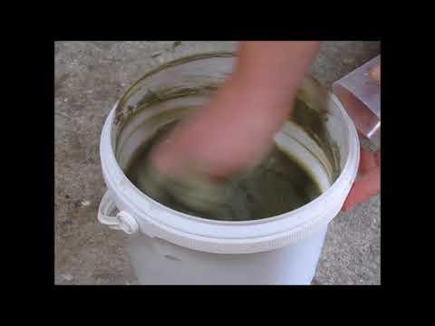 Le masque pour la personne des algues