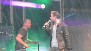 911- Bodyshakin'- Live In Swindon 27/7/13