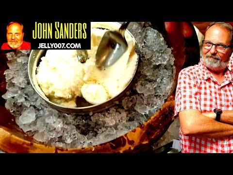 , Oster 4-Quart Wood Bucket Ice Cream Maker