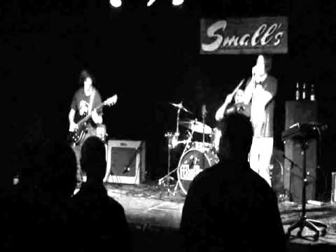 Distractions @ Small's.WMV