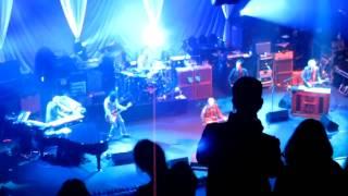 Tom Petty -  Listen To Her Heart