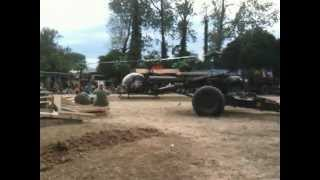 preview picture of video 'War & Peace Show 2010 Vietnam War Helicopter Incident Part I'
