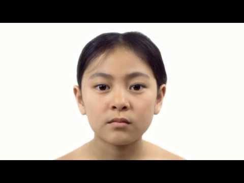 Re-nutriv che intensivamente ringiovanisce la crema per la pelle intorno a occhi