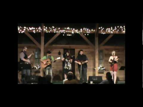 """Little Chicago Performs """"I Recall"""" at The Onley Place"""