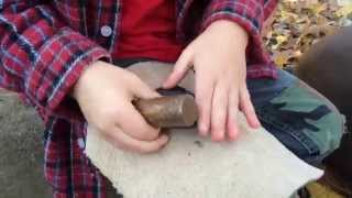 6-yr old tries flint knapping