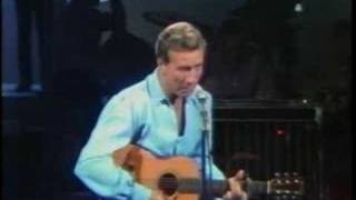 Marty Robbins Sings 'Don't Worry.'