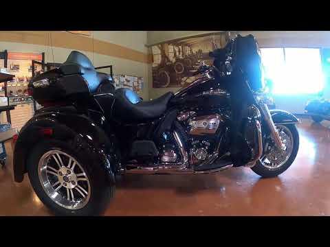 2021 Harley-Davidson Tri-Glide Ultra FLHTCUTG