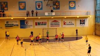 preview picture of video 'UKS Olimp Grodków vs Siódemka Miedź Legnica 25:29 (10:14) [HD]'