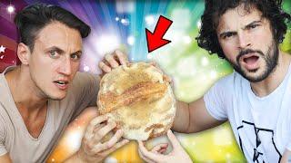 """Durante la quarantena tutti hanno fatto il pane, ma nessuno conosce la ricetta del sacro pane di mio fratello. Oggi, finalmente, l'arcano sarà svelato.  IG di Gianluigi: https://www.instagram.com/gianluigiscilla/?hl=it  Link al canale """"Panificare a casa"""": https://www.youtube.com/channel/UCzx2nuzXEXpb0fZ_DiG0UcA __ Per collaborazioni: info@willwoosh.it   + SEGUIMI ANCHE SU IG: https://www.instagram.com/guglielmoscilla/ + PAGINA FB: https://www.facebook.com/willwoosh/ + TWITTER: https://twitter.com/guglielmoscilla"""