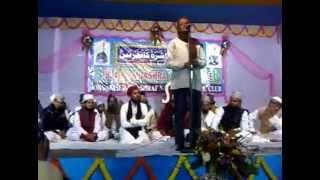 preview picture of video 'Habib Hasmi Naat (ustad-us-showara) Ashraf nagar Siliguri'