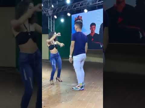 Casal Dançando Piseiro -  Role (Marcynho Sensaçao) #Dança #piseiro