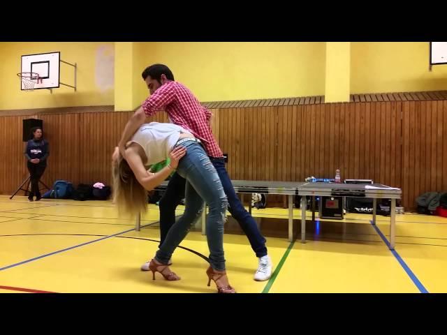 Kiko & Christina - Daniel Santacruz - Hello