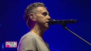 Musik-Video-Miniaturansicht zu Going Backwards Songtext von Depeche Mode