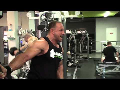 Ćwiczenia na mięśnie naramienne ze zdjęciami