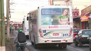 Funcionários da Pássaro Branco, empresa que presta serviço de transporte público urbano de Patos de Minas, anunciaram possibilidade de entrar em greve.