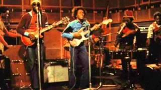 Bob Marley & The Wailers - live - Burnin' and Lootin