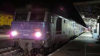 preview picture of video 'France: SNCF Class BB 67400 diesel locos leave Gap on the 2157 Briancon-Paris Austerlitz ski train'
