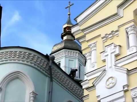 Пооткрывали вновь церквей