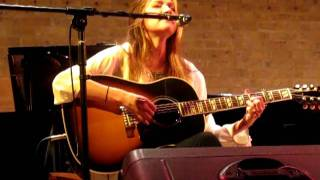 Gretchen Peters, Suzy Bogguss and Matraca Berg - Oh Cumberland  ( Oxford, 09/06/2011)