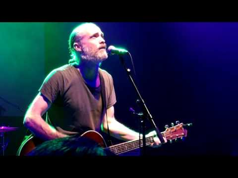 """Peace the Fuck Out"" - Fran Healy live @ A Peaceful Noise, London 15 November 2016"