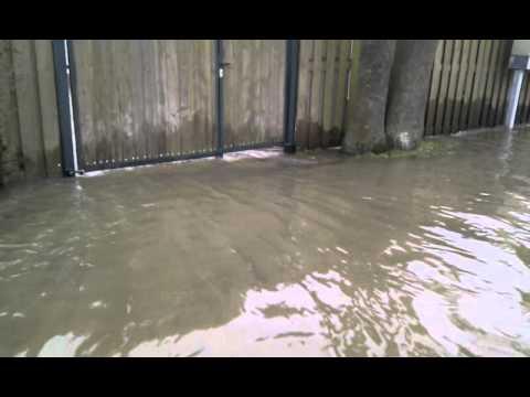 Hoogwater van de Maas in Maashees - 11 januari 2011