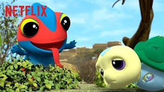 Chameleon Scares Turbo in Hide & Seek 😱| YooHoo To The Rescue | Netflix