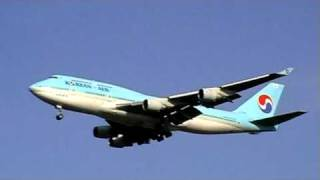 preview picture of video 'Korean's B747-4B5 (HL7486)'