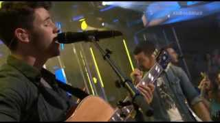 When You Look Me In The Eyes - Jonas Brothers On Much Music Live
