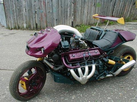 Мотоцикл с двиглом В8 от ГАЗ-53 собрал мужик из глубинки