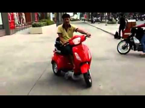 Chạy thử xe máy điện 3 bánh