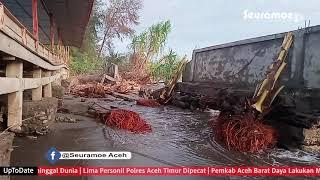 VIDEO - Gelombang Tinggi Terjang Ujong Manggeng