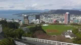 preview picture of video 'Wellington Cable Car Kelburn terminus View over the City.'