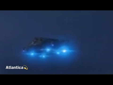 300/UFO fleet near the ISS on live broadcast /Reptilians show them selves /Huge spaceship over New York City  ! Grays crafts/ AMAZING ISS : CLEAR FOOTAGE OF 2 MASSIVE UFO VERY CLOSE TO THE STATION.