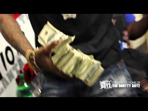 fcda497b00b Download Soulja Boy Pulls out 100k Cash while debuting New Single Rick Ross  on The Durtty Boyz Show MP3