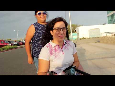 SILLA DE RUEDAS: subiendo rampas y escalones. Ruth Vlog