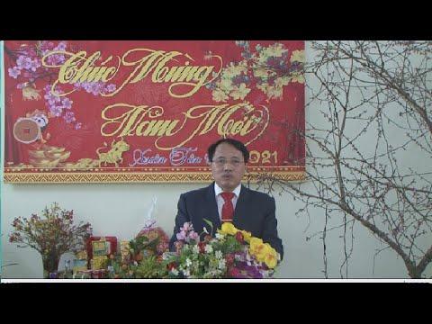 Chủ tịch UBND huyện chúc tết CB CS ,nhân dân các DT Si Ma Cai