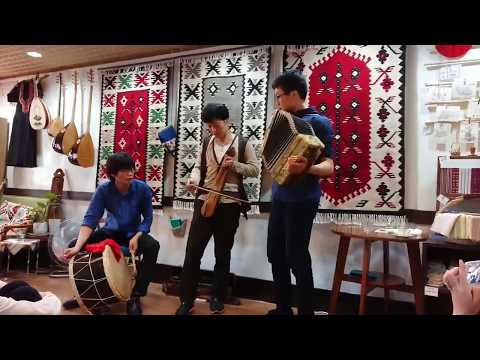 Με ερεθίσματα από τον Καζαντζάκη Ιάπωνες μυούνται στον Ποντιακό πολιτισμό — Ο Κουσουκέ Φουκουντά μιλάει αποκλειστικά στο ΤΡΑΠΕΖΟΥΝΤΑ.gr (φωτο, βίντεο)