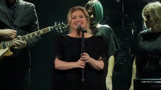 Kelly Clarkson Covers Shallow - Lady Gaga & Bradley Cooper (Live)