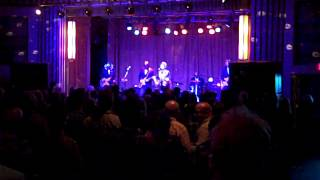 Marshall Crenshaw and Los Straitjackets -- Something's Gonna Happen