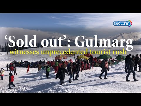 'Sold out': Gulmarg witnesses unprecedented tourist rush