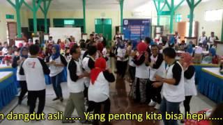 Video Joget Alumni '81 SMPN1 (Yang Penting Hepi)