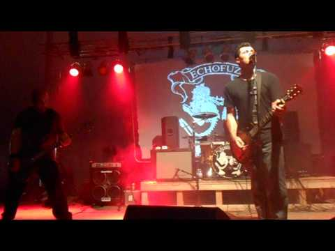ECHOFUZZ - Live It Well (Live @ Rocklahoma 2013)