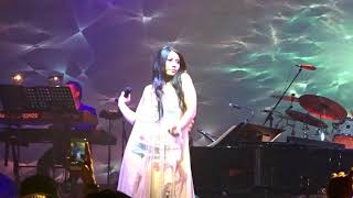 Anggun - Snow on the Sahara (Konser Hitman, David Foster and Friends di De Tjolomadoe)