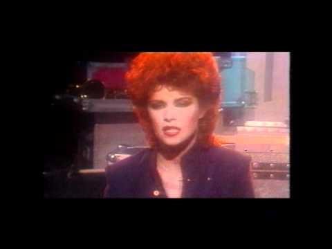 Sheena Easton-Telefone (Long Distance Love Affair).mp4