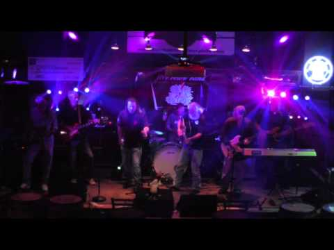 "Five Below Band covers Dave Mason ""Feelin' Alright"" @ Paulie's Toasted Barrel in Lexington, KY"