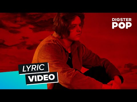 Lewis Capaldi - Hold Me While You Wait (Lyric Video)