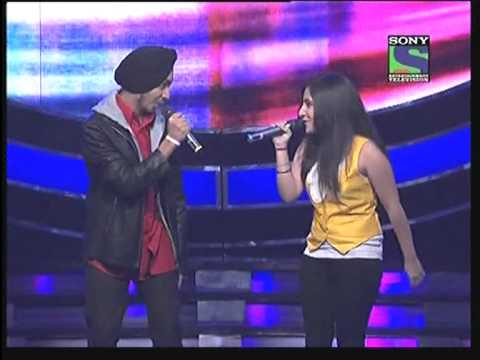 Devendra Singh with Poorvi sing songs