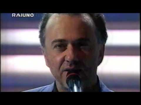"""Giorgio Faletti a Sanremo 1994: """"Signor tenente"""""""