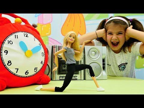 Spielspaß mit Barbie - Soraya findet Barbies Musik zu laut