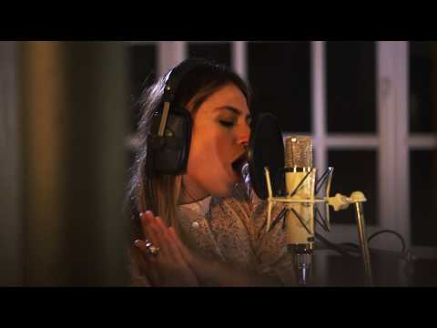 Keep on Keeping (Studio Live Version)